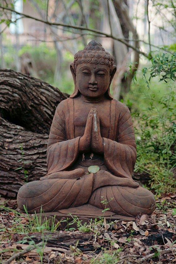 Buddha with crystal